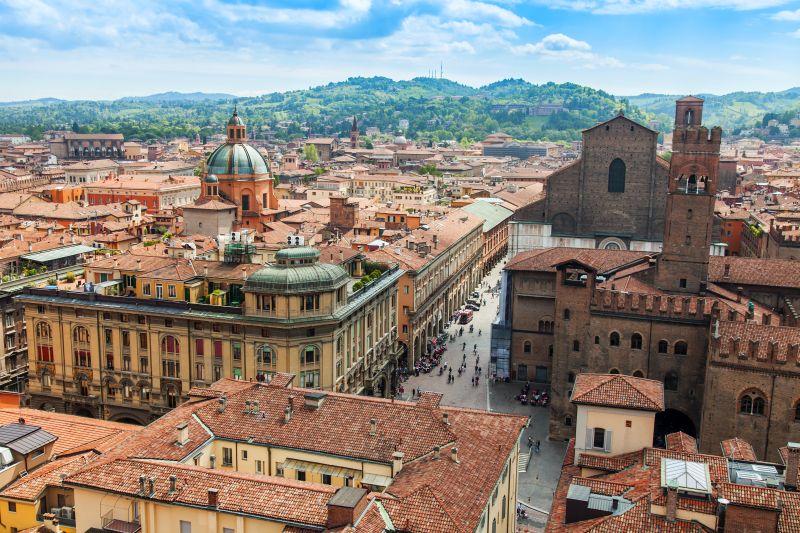 Gastronomická kolébka Itálie. Letenky do Boloni od 309 Kč