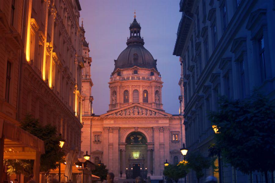Budapešť na konci června. Letenky z Prahy od 1007 Kč