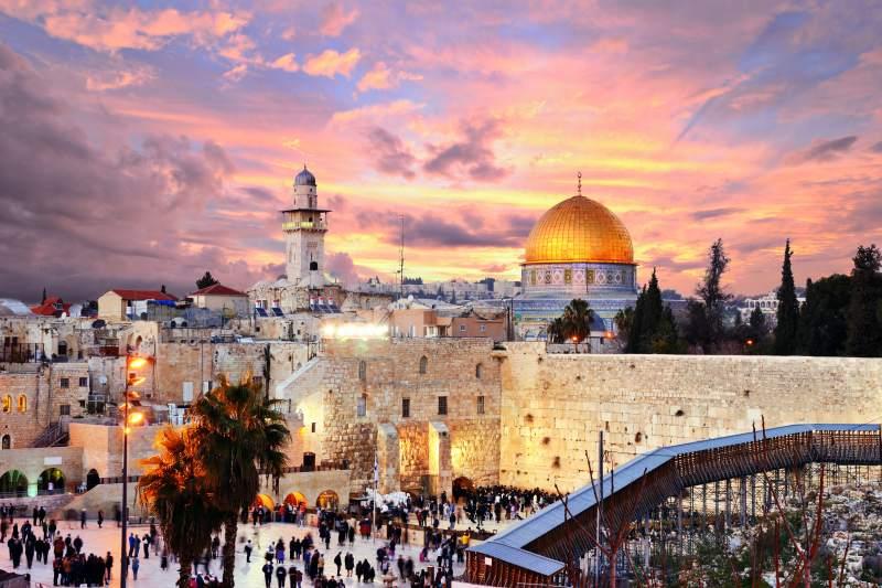 Ušetřete dovolenou a oslavte Velikonoce v Jeruzalémě. Přímé letenky z Vídně za 3940 Kč