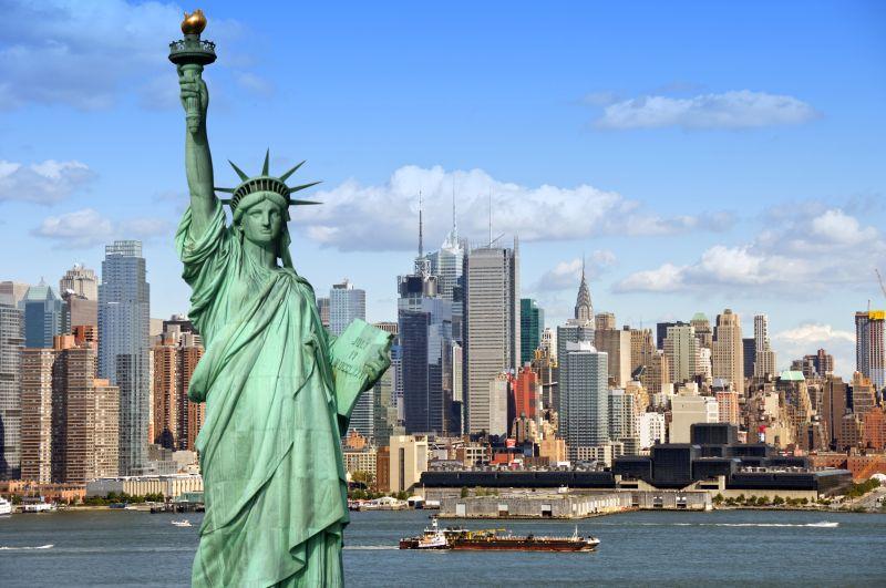 Přímé a levné letenky do New Yorku. Letenky za 6790 Kč s odletem z Berlína