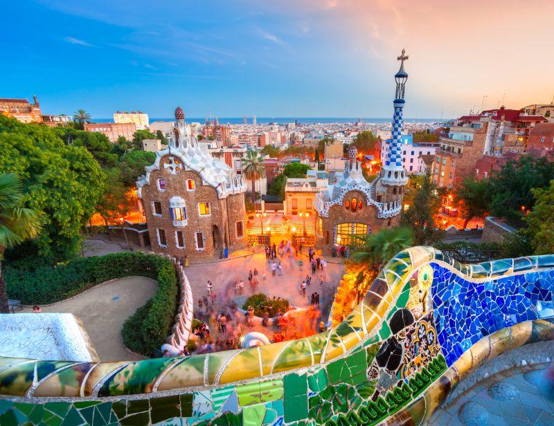 Letenky do oblíbené Barcelony od 752 Kč s odlety z Vídně, Prahy a Bratislavy