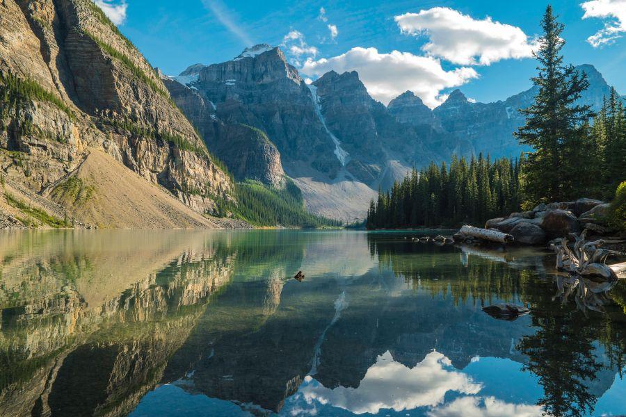 Výprodej posledních letenek do podzimní Kanady. Od 8590 Kc – odlet z Vídně