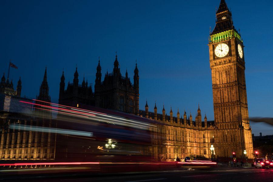 Posledních 9 letenek na prodloužený víkend do červnového Londýna za 1 690 Kč + kufr zdarma – odlet z Prahy