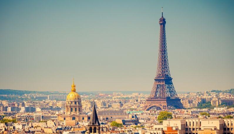 Letní prázdniny v romantické Paříži. Letenky za 2190 Kč s odletem z Prahy