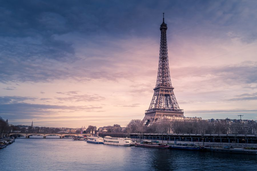 Předvánoční prodloužený víkend v Paříži. Letenky za 2090 Kč z Prahy