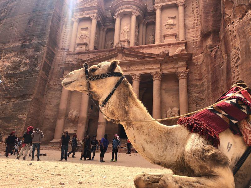 Petra, Mrtvé moře a dechberoucí poušť. Letenky do Jordánska od 1148 Kč s odletem z Prahy