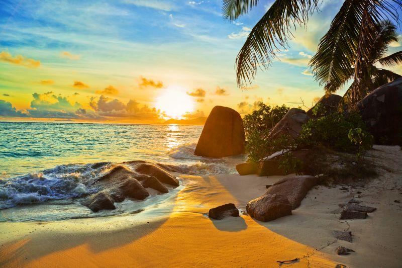 Tropický ráj s nádhernými plážemi. Seychely za 13790 Kč s odletem z Prahy