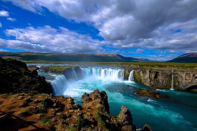 Země ledu a ohně hned ze začátku hlavní sezóny. Letenky na Island od 2078 Kč s odletem z Vídně