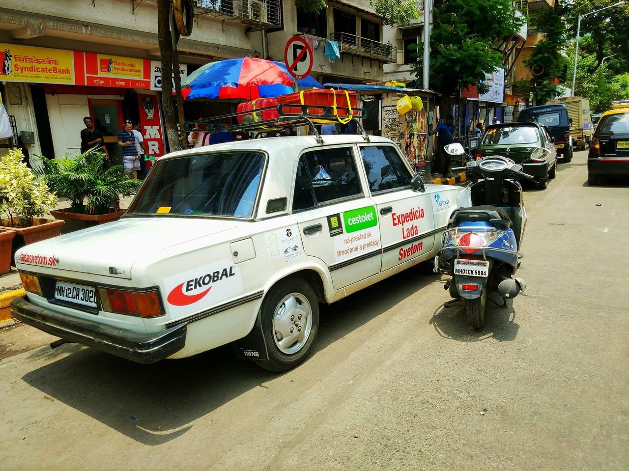 Se slovenskými Trabanty po Indii – roadtrip s Lada Svetom