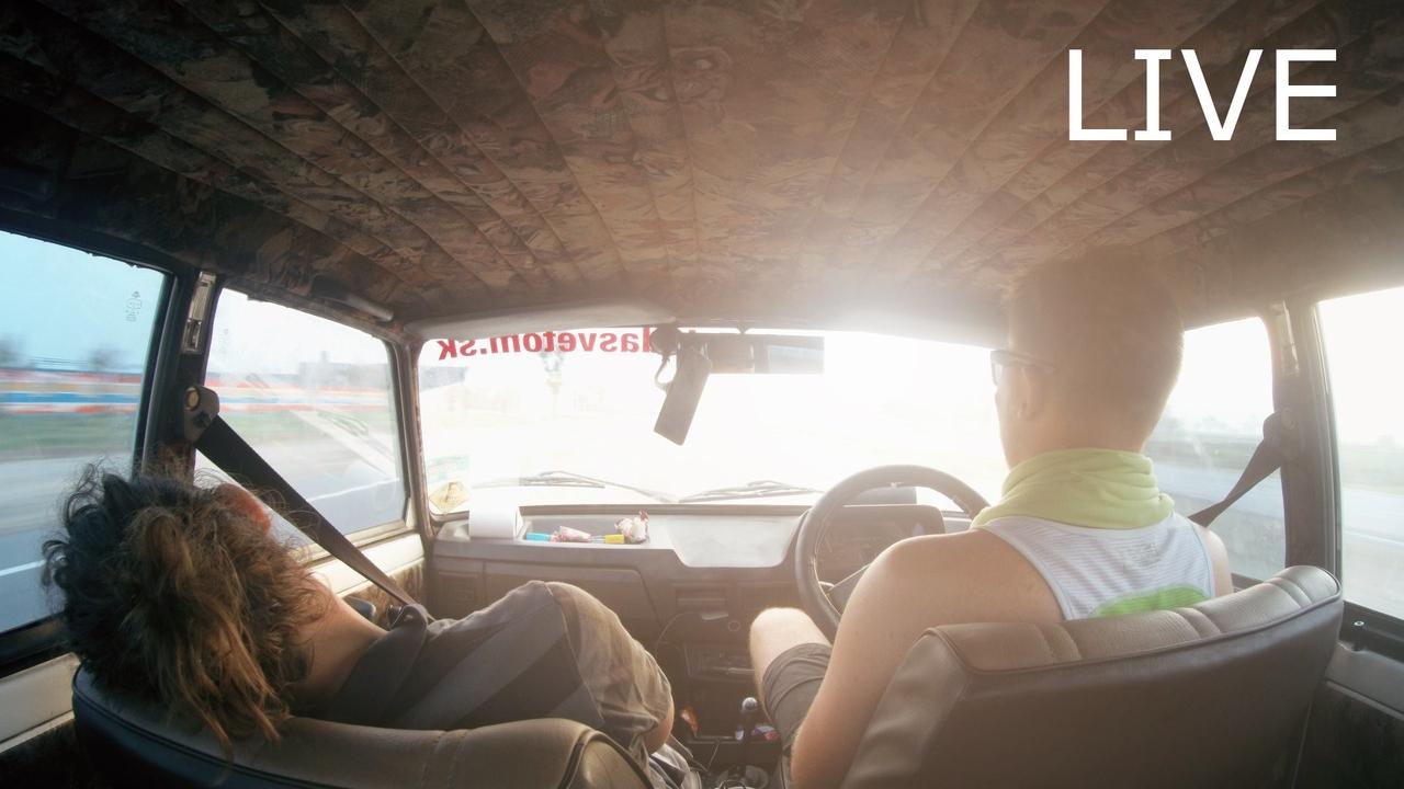 Roadtrip po Indii s Lada Svetom – LIVE