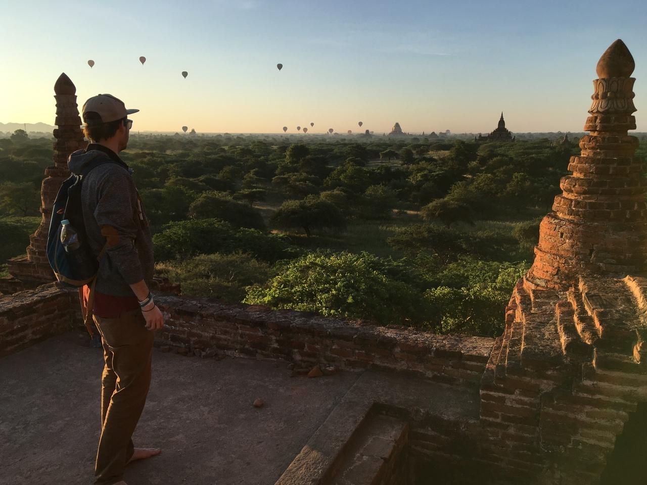 Bagan – nezapomenutelné východy slunce nad třemi tisícovkami pagod