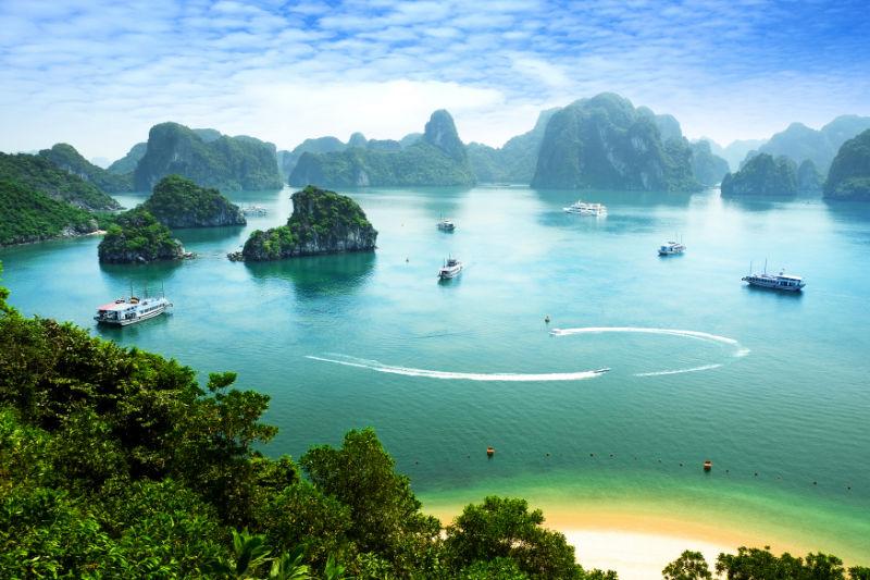 Vietnam: ráj pro milovníky pláží, hor a motorek již od 13 990 Kč